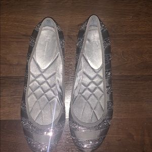 Quilted ballet flat shoes silver sequins inc 10